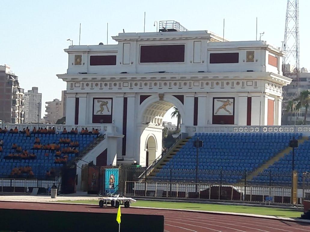 """صور.. استاد الإسكندرية جاهز لاستقبال """"الكان""""..الملعب يتزين لاستضافة 7مباريات  103543-495302f1-ce59-496b-916b-d8686f47ee17"""