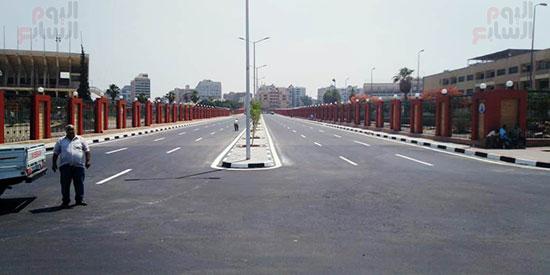 6201911101744870-تخطيط-الشوارع-ودهان-الأرصفة-بمحيط-استاد-القاهرة--(4)
