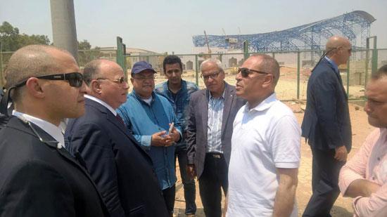 محافظ القاهرة يتفقد محيط استاد القاهرة   (5)