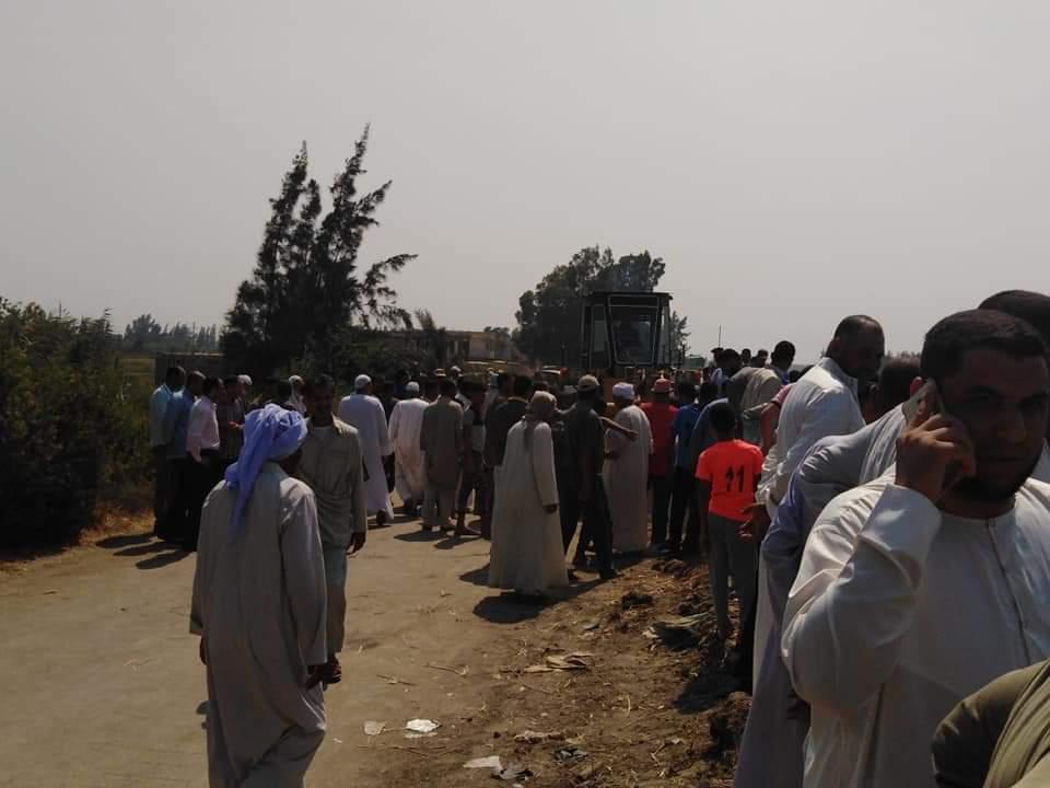 مصرع 7 اشخاص واصابة 16 اخرين فى حادث تصادم بالبحيرة (1)