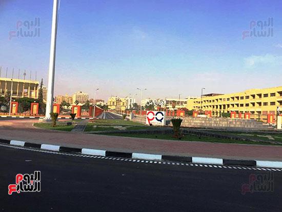 6201911101744870-تخطيط-الشوارع-ودهان-الأرصفة-بمحيط-استاد-القاهرة--(5)