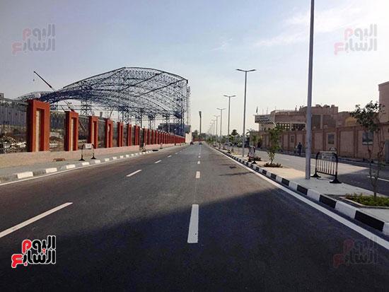6201911101744870-تخطيط-الشوارع-ودهان-الأرصفة-بمحيط-استاد-القاهرة--(8)