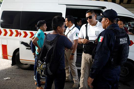 اعتقال هنود فى المكسيك