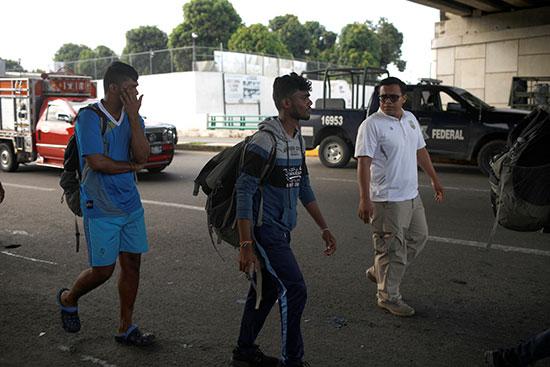 المهاجرين فى قبضة الشرطة