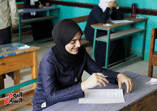 وكيل الأزهر يتفقد لجان امتحانات الثانوية الأزهرية (5)
