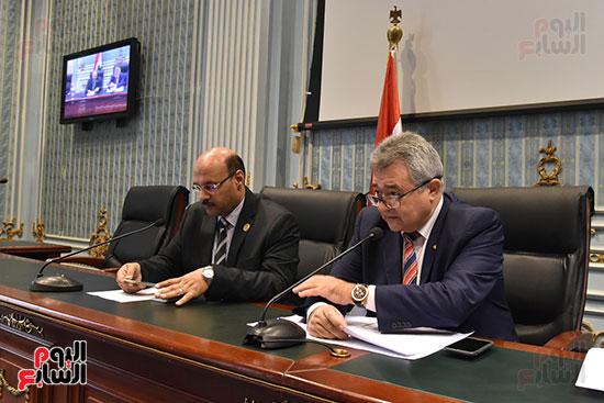 لجنة السياحة بالبرلمان (1)
