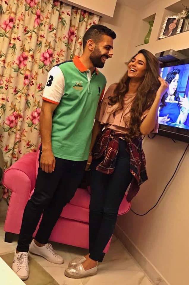 أسامة إبراهيم و زوجته