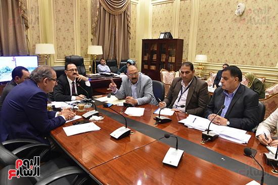 لجنة النقل والمواصلات (5)