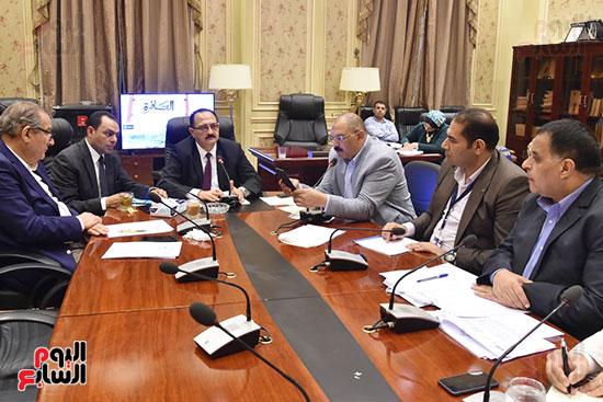 لجنة النقل والمواصلات (3)