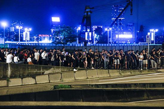 المتظاهرون فى هونج كونج