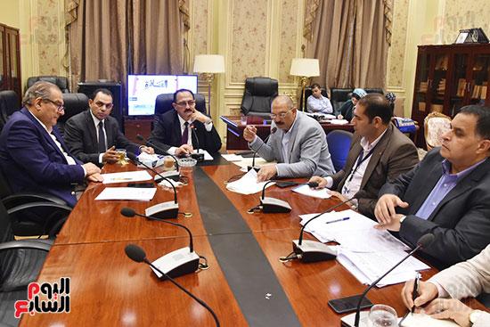 لجنة النقل والمواصلات (1)