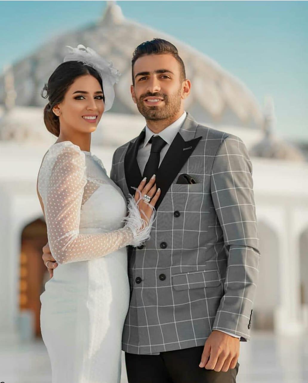 أسامة إبراهيم و ميرنا فى كتب الكتاب