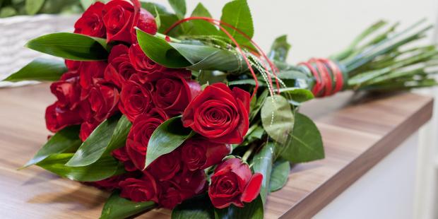 يوم الورد الاحمر (2)