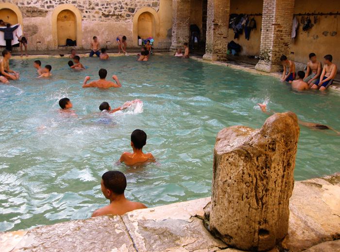 حمام الصالحين  (1)