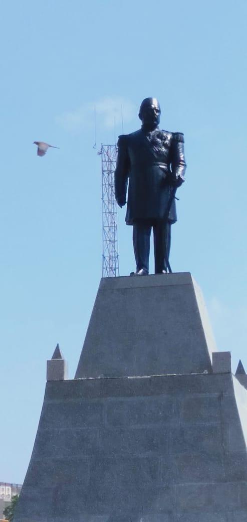تمثال الخديوى إسماعيل بوسط الإسكندرية (1)