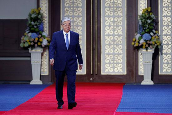 تنصيب توكاييف رئيسا لكازاخستان