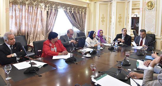 لجنة الشئون الصحية بالبرلمان (1)