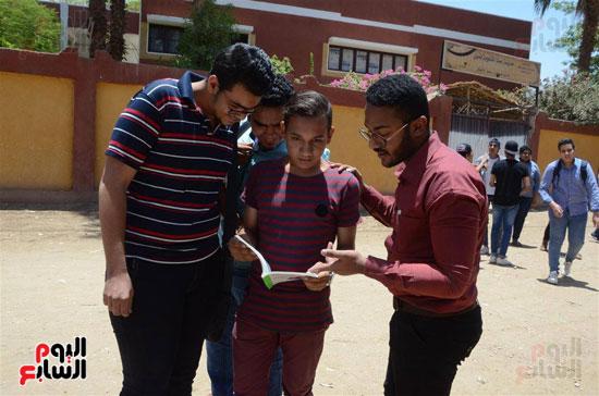 امتحانات الثانوية العامة (5)