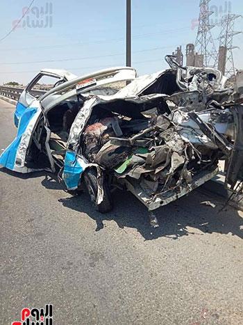 حادث-تصادم-طريق-الاوتوستراد-(1)