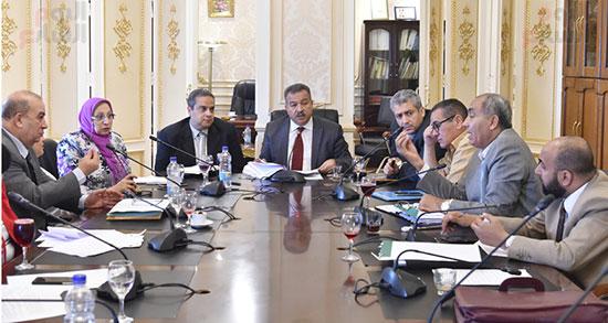 لجنة الشئون الصحية بالبرلمان (3)