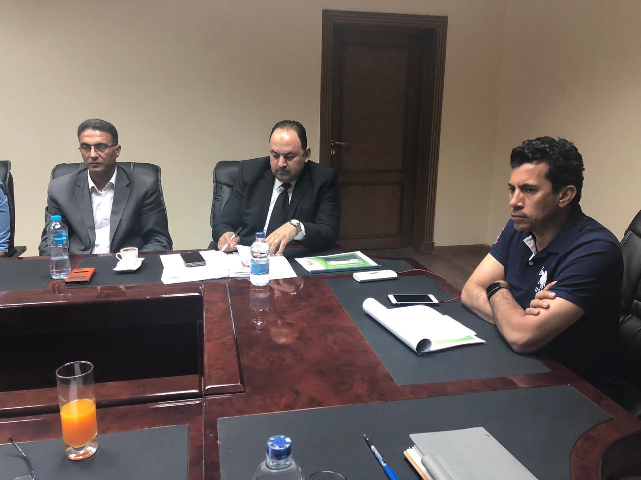 وزير الشباب والرياضة أشرف صبحى  (1)