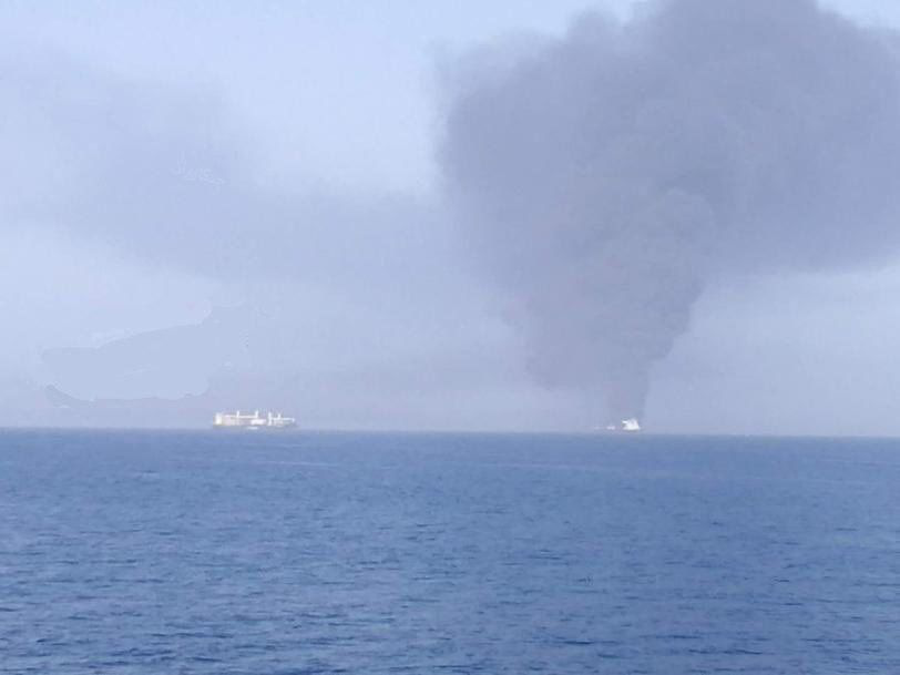 تعرض ناقلتى نفط للانفجار فى خليج عمان (5)