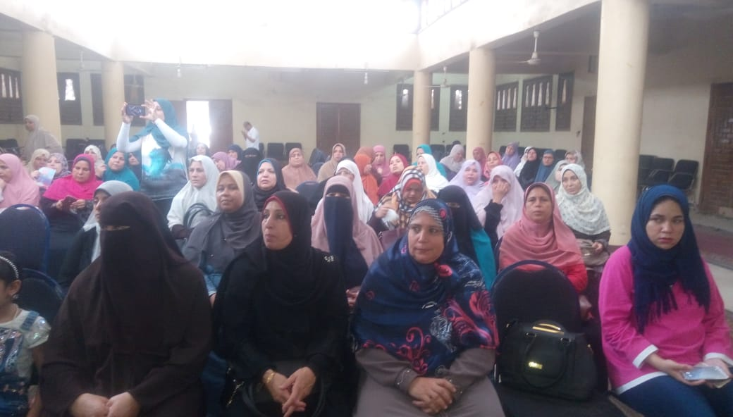 القومى للمرأة بالشرقية ينظم قوافل توعية فى اليوم الوطني لمناهضة ختان الإناث (1)