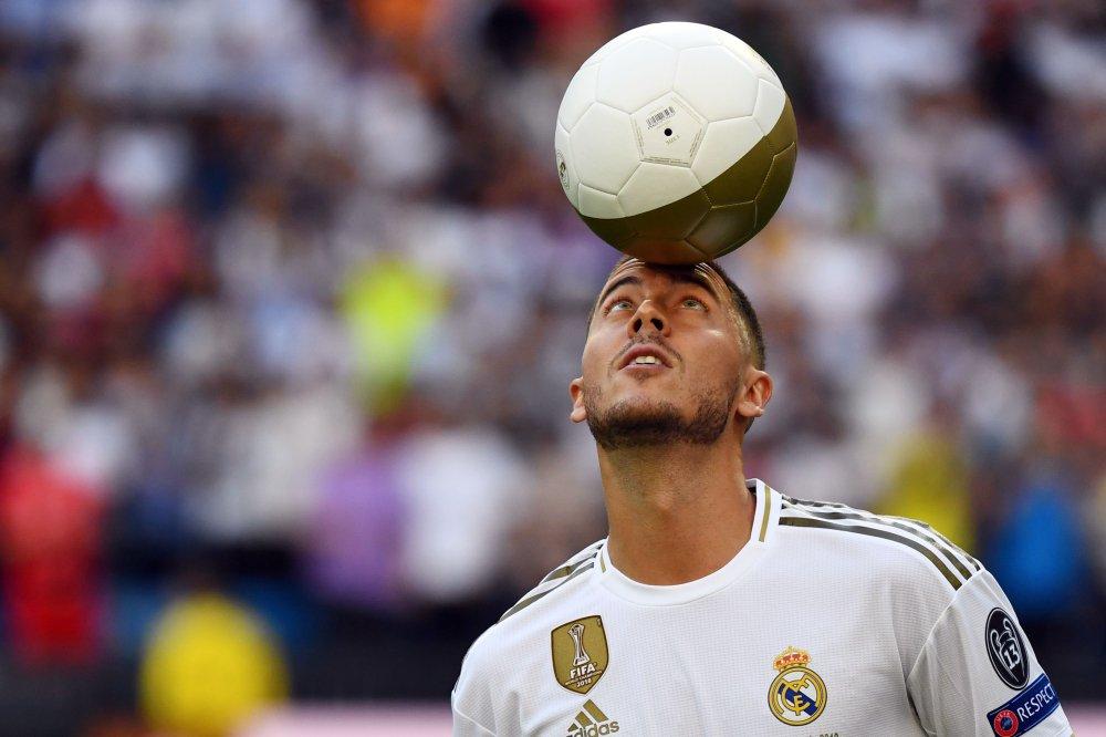 هازارد بقميص ريال مدريد (3)