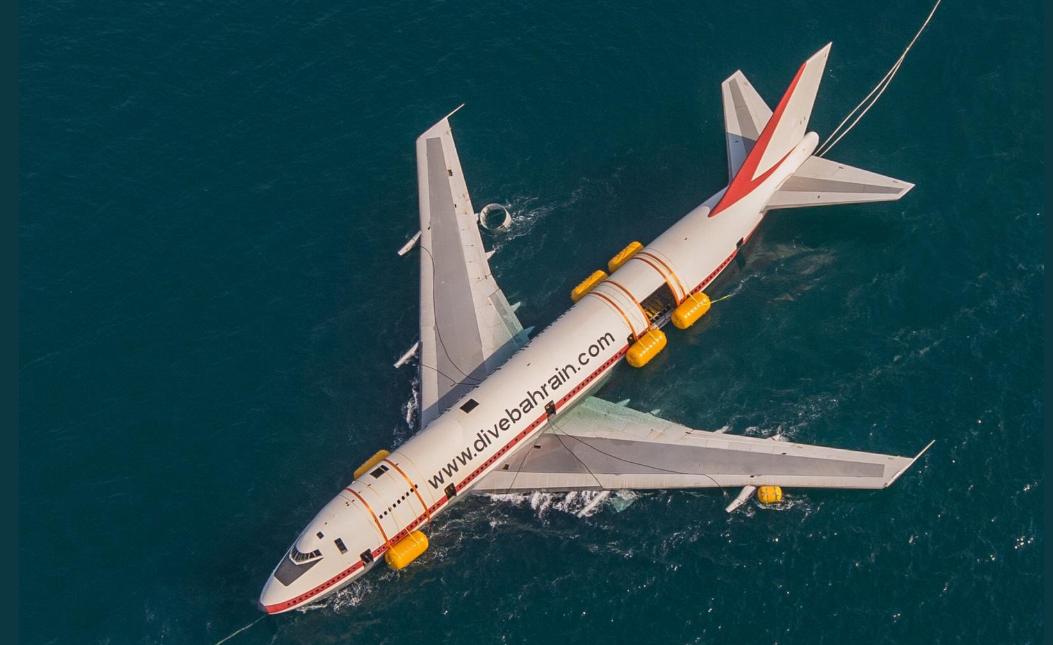 إغراق طائرة بوينج لإنشاء أكبر متنزه تحت الماء (1)