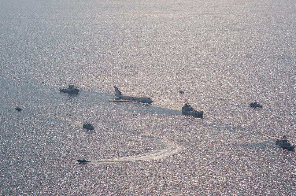 إغراق طائرة بوينج لإنشاء أكبر متنزه تحت الماء (3)