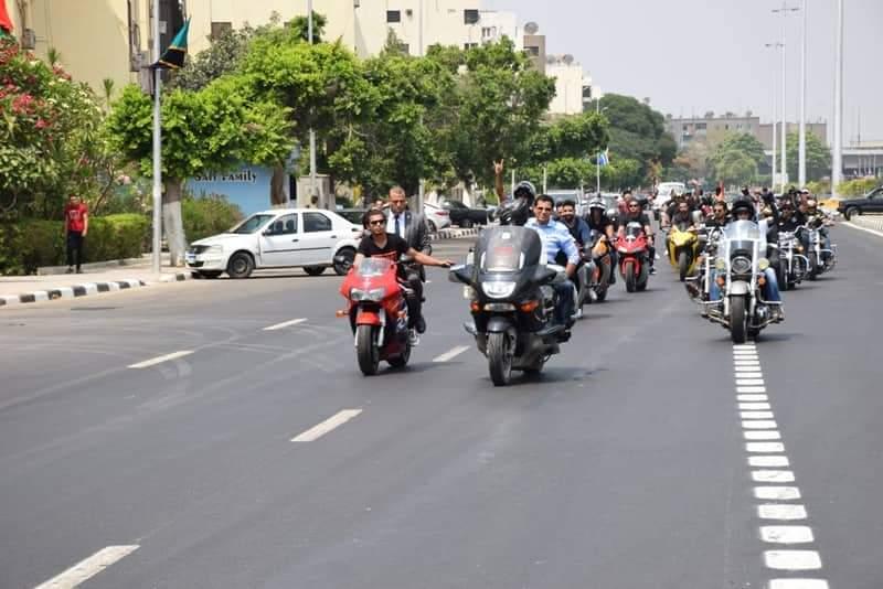 الوزير يشارك في مهرجان الدراجات النارية