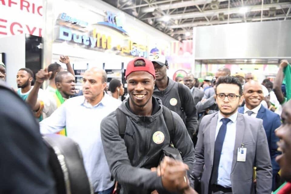 منتخب السنغال يصل القاهرة (3)