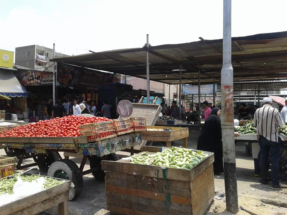 وتخصيص باكيات بسوق الرضوان للباعة الجائلين (5)