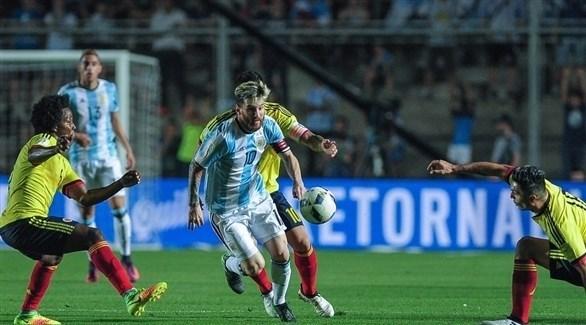 الأرجنتين وكولومبيا في مباراة سابقة