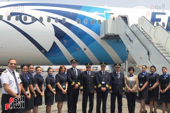 طائرة الأحلام الثالثة تصل مطار القاهرة (3)