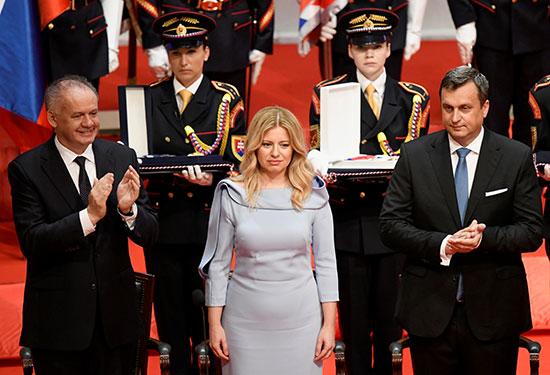 رئيسة سلوفاكيا خلال حلف اليمين