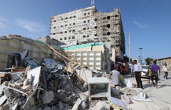 تضرر منزل جراء الانفجار