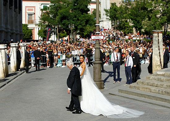 العروسة ووالدها