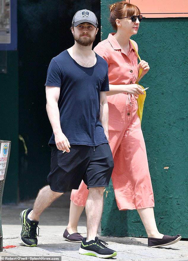 دانيال و صديقته في نيويورك (1)