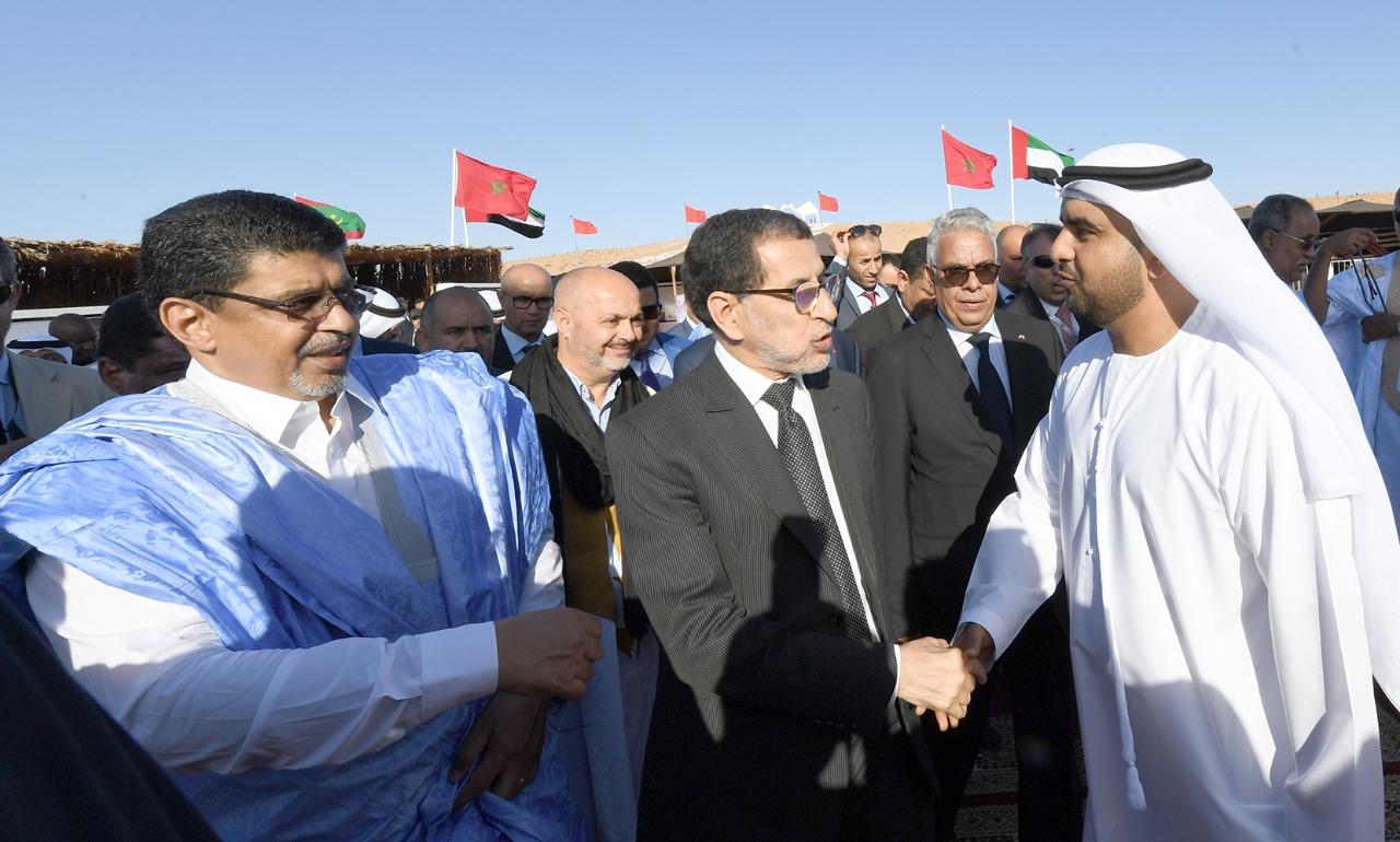 رئيس الحكومة المغربية يزور جناح الإمارات فى موسم طانطان