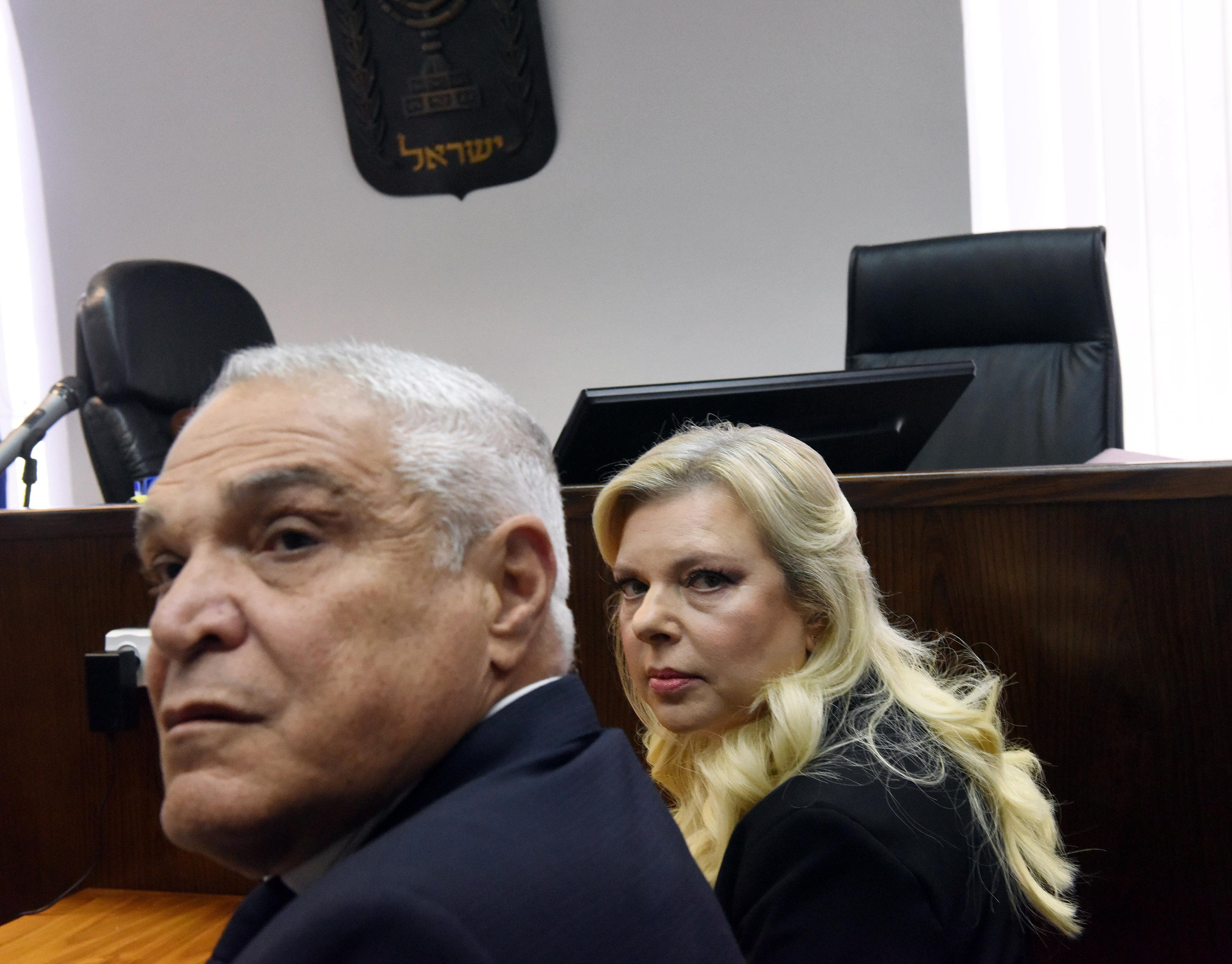 سارة نتنياهو فى قاعة المحاكمة