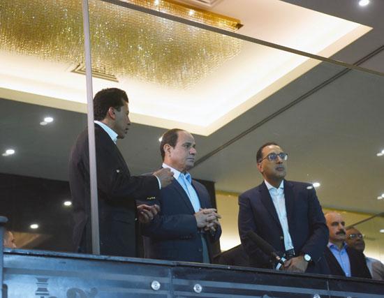 السيسى يتفقد استاد القاهرة (4)