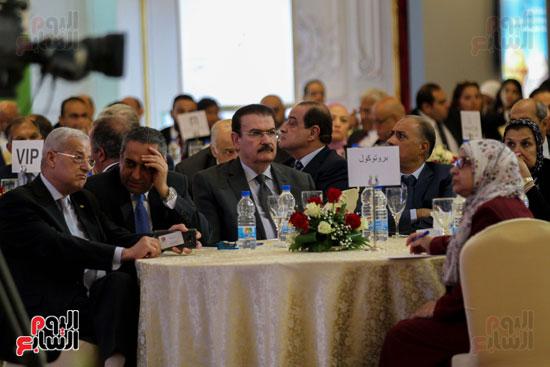عدد-من المشاركين فى المؤتمر