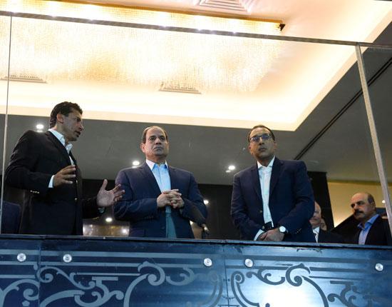 السيسى يتفقد استاد القاهرة (3)