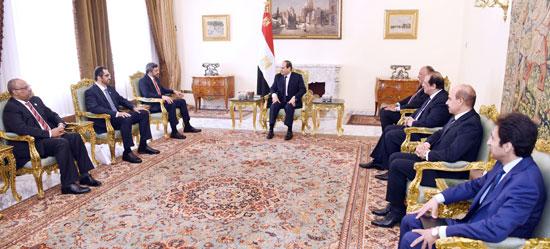الرئيس عبد الفتاح السيسى يستقبل الشيخ عبد الله بن زايد وزير الخارجية الإمارات (2)