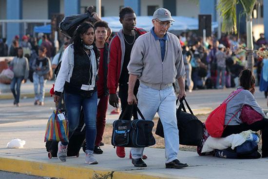 هجرة المئات من فنزويلا