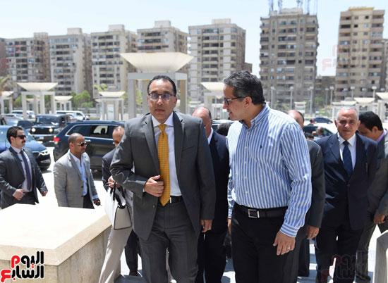 رئيس الوزراء يتفقد المتحف القومى للحضارة المصرية