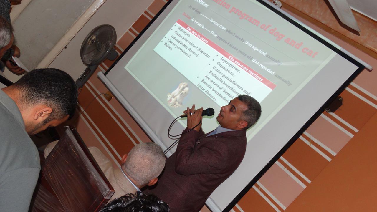 طبيب بيطري بكفر الشيخ يستخدم الحيونات الاليفة لعلاج أمراض الاضرابات السلوكية (12)