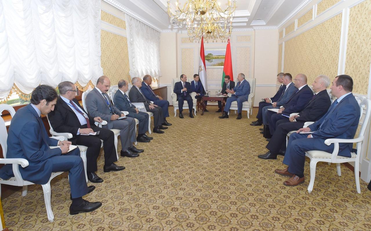 السيسى يلتقى رئيس وزراء بيلاروسيا (5)