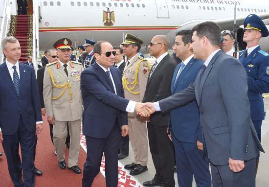 الرئيس السيسى يصل بيلاروسيا في زيارة رسمية (4)